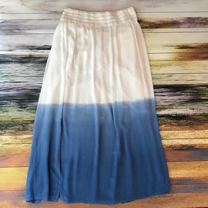 Maxi Skirt in White and Blue 18/20
